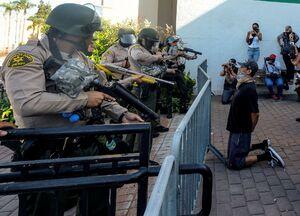 جدیدترین تصاویر از درگیری های خیابانی در آمریکا