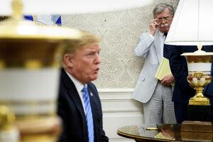 روایت جان بولتون از تصمیمات ضدایرانی ترامپ/ خروج آمریکا از برجام و تحریم سپاه پاسداران کار من بود +عکس و فیلم