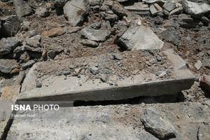 عکس/ تخریب سنگ قبرهای تاریخی تخت فولاد