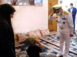فیلم/ لحظهای جالب از دیدار امیر خانزادی و فرزند شهید ارتش