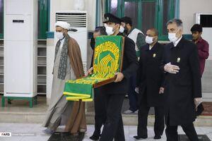 عکس/ خادمان حضرت رضا(ع) در مقبرهالشهدای بندرعباس