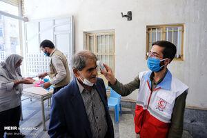 عکس/ نماز جمعه همدان با رعایت پروتکلهای بهداشتی