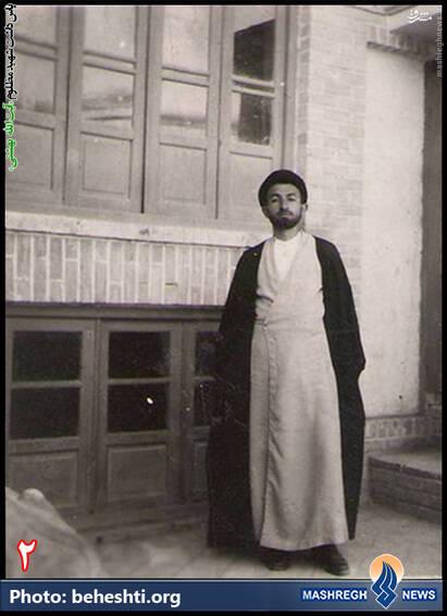 شهید بهشتی هنگام تحصیل در دبیرستان دین و دانش
