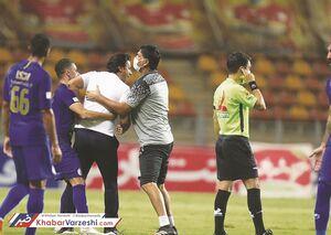 فریاد مجیدی روی سکوها: حق استقلال را از این فوتبال میگیرم