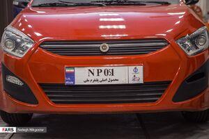 عکس/ بازدید سردار حاجیزاده از خودروی پلتفرم ملی دانشگاه علم وصنعت