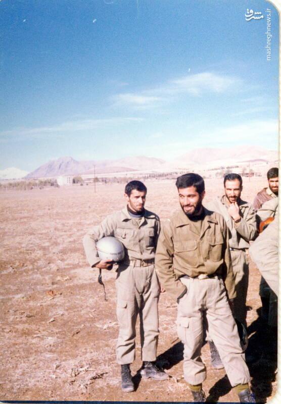 شهید علی اصغر آذرشب(با کلاه کاسکت)