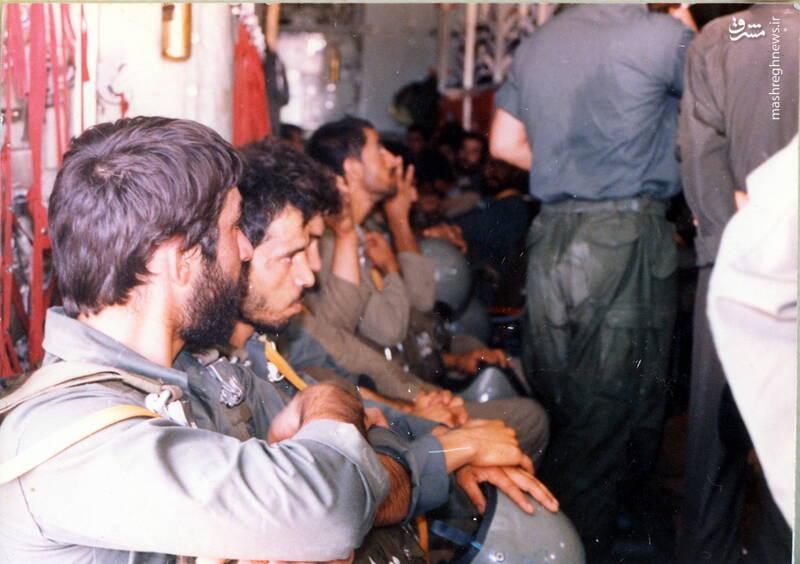 شهید علی اصغر آذرشب(نفر دوم از چپ)