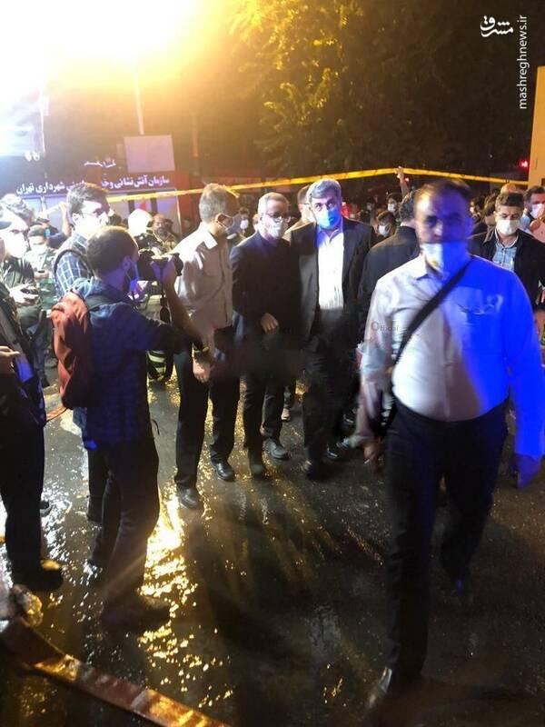 حضور شهردار تهران در محل آتش سوزی در تجریش