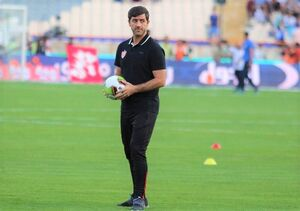 فدراسیون فوتبال با کدام گزینه ایرانی مذاکره کرده است؟