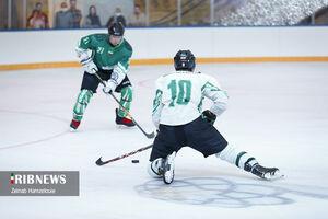 عکس/ مسابقات هاکی رو یخ در ایران