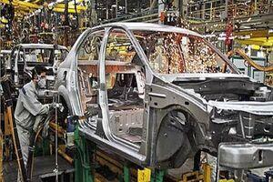 قصد کاهش وابستگی صنعت خودروسازی را داریم/قیمت ها کاهش می یابد