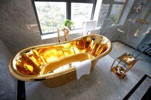 عکس/ نخستین هتل با روکش طلا در جهان