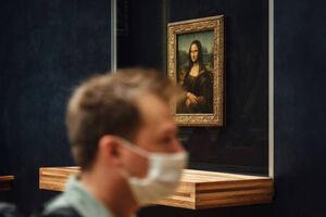 موزه لوور پاریس بعد از ۱۶ هفته برای بازدید بازگشایی شد