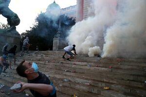 عکس/ درگیری بر سر کرونا