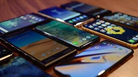 """""""ممنوعیت واردات تلفن همراه بالای۳۰۰ یورو""""، خبری به کام دلالان"""