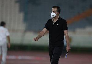 رمضانی: تا ۴ صبح درگیر بیماری بازیکنمان بودیم اما به حرف ما گوش نمیدهند/ دوست ندارم در این فوتبال بمانم