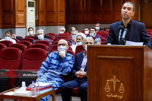 فیلم/ توجیه وکیل متهم پرونده طبری درباره رشوه ۱۳.۵ میلیاردی