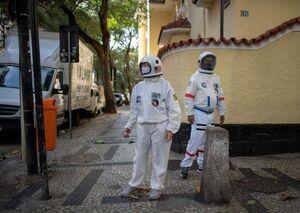 عکس/ پوشش عجیب برای محافظت در برابر کرونا
