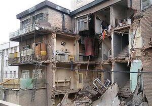 ریزش مرگبار ساختمان در خیابان قزوین +عکس