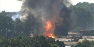 آتشسوزی مهیب در یک کارخانه مواد شیمیایی در آمریکا+فیلم
