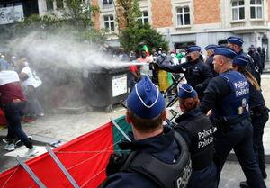 عکس/ فریادها علیه ماکرون در بروکسل