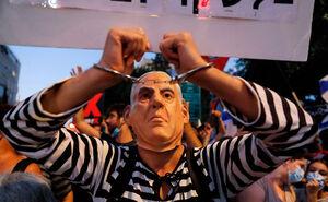 نتانیاهو در محاصره معترضان
