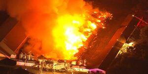 آتشسوزی یک مجتمع کشاورزی در نیوجرسی +فیلم