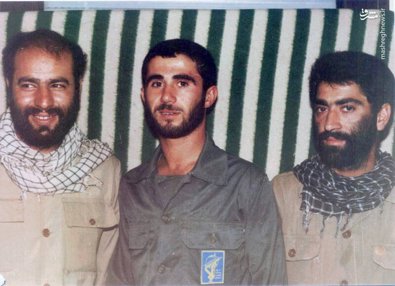 شهید محمدحسین ملکمحمدی(نفر اول از چپ)