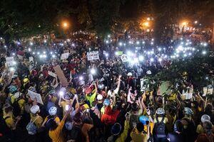 طوفان رعد و برقی معترضان در آمریکا +فیلم
