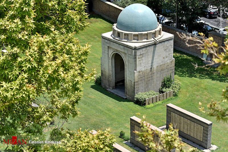2861622 - عکس/ متفاوتترین قبرستان خارجیها در تهران