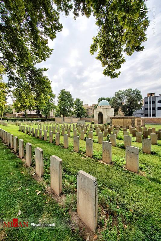 2861633 - عکس/ متفاوتترین قبرستان خارجیها در تهران