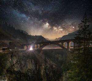 عکس/ آسمان پر ستاره شب