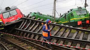 تصادف دو قطار به خاطر خوابیدن راننده قطار