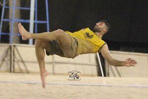 عکس/ قیچی برگردان طارمی در فوتبال ساحلی