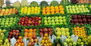 قیمت میوه علیرغم قول مسؤولان پایین نیامد +جدول