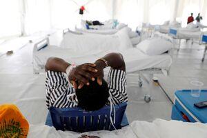 عکس/ تبدیل استادیوم فوتبال به نقاهتگاه بیماران کرونا