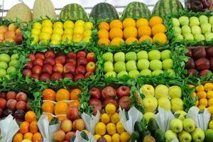 قیمت میوه علیرغم قول مسؤولان پایین نیامد+ جدول - کراپشده