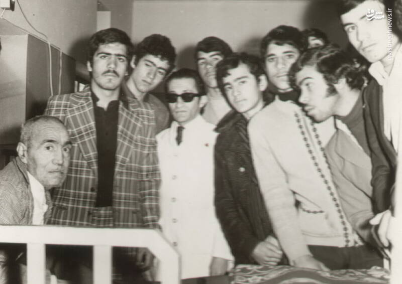 شهید محمدحسین شیخحسنی(نفر دوم از چپ)