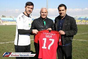 گلمحمدی باید دو مهاجم دیگر بگیرد