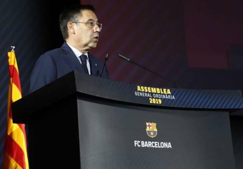 خشم رییس باشگاه بارسلونا از ملو