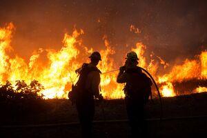 حوادث ایران «مرموز» است یا آتشسوزیهای سریالی در آمریکا؟ +تصاویر و فیلم
