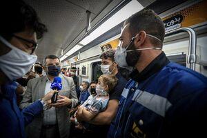 عکس/ بازدید ایرج حریرچی از وضعیت مترو تهران