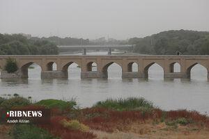 هوای اصفهان در مرز هشدار