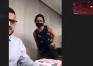 فیلم/ لحظه وحشتناک انفجار هنگام مصاحبه خبرنگار زن