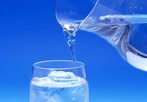 میزان آب مورد نیاز بدن خانم ها و آقایان متفاوت است!