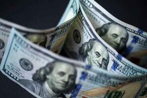 """""""دلار"""" هفته را صعودی تمام کرد"""