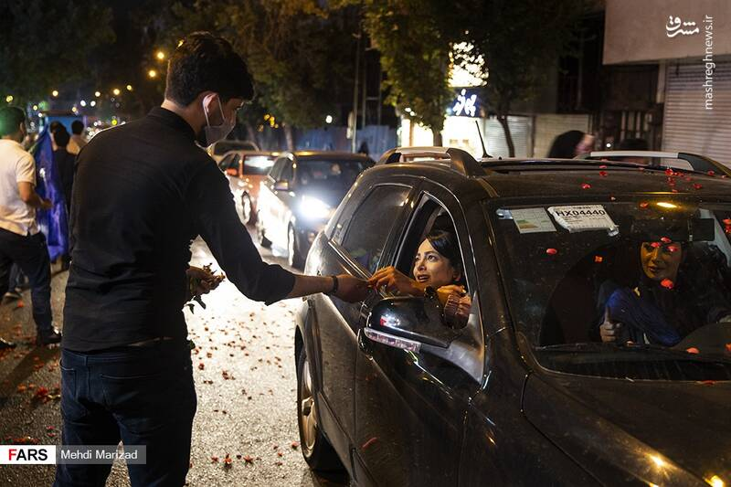 2876224 - عکس/ جشن عید غدیر در خیابانهای تهران