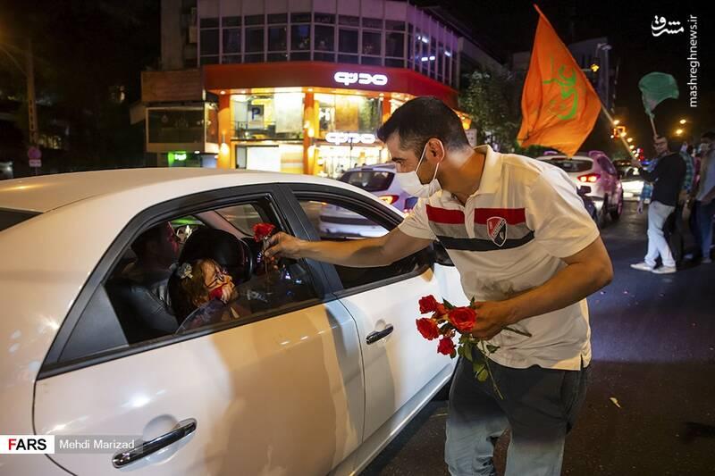 2876229 - عکس/ جشن عید غدیر در خیابانهای تهران