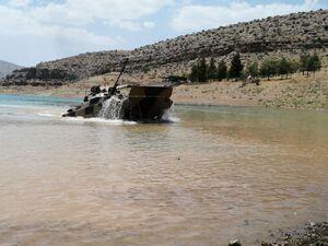 فیلم/ تمرین نفربرهای ارتش در سد درودزن