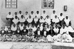تحصیل بانوان در ایران، از مکتبخانه ملاباجی تا مکتب توحید